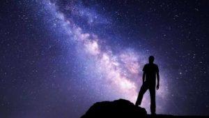 Evrende bir hiç olduğumuzu anlamak - Ali Aksoy