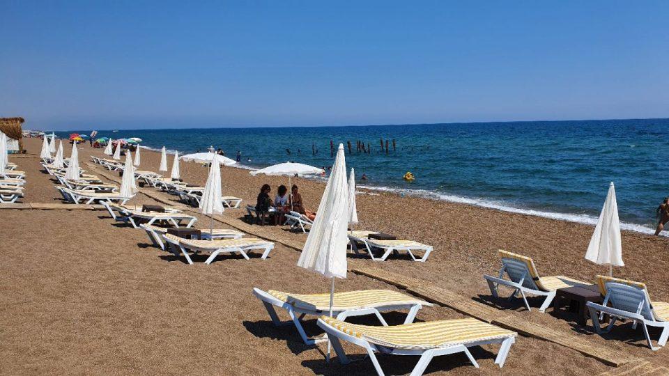 qula beach club restaurant lara plajları antalya 1