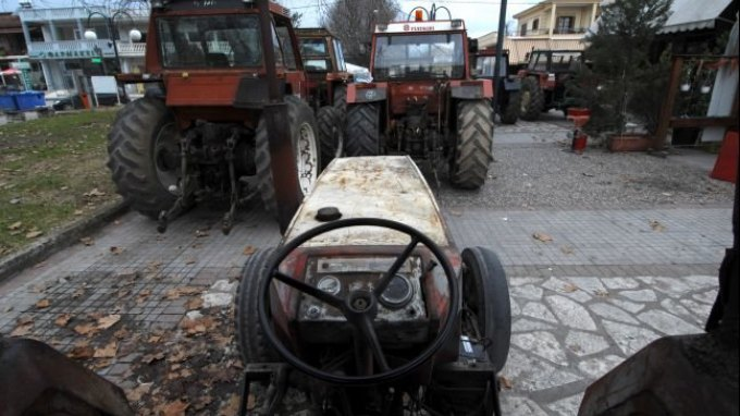 Αγωνιστικό κάλεσμα και πρόταση συγκρότησης μιας πανελλαδικής αντικαπιταλιστικής και αντιΕΕ συσπείρωσης στο αγροτικό τομέα απευθύνει η πρωτοβουλία ΣΠΟΡΑ.