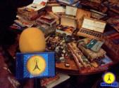 Revistas, acuarelas, colores! Antena Pop en el cuarto del Artista Henry Darger, en Chicago