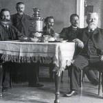 Кто поставлял чай на стол императора