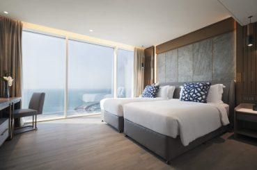 Jumeirah-Beach-Hotel-Suite-Bedroom