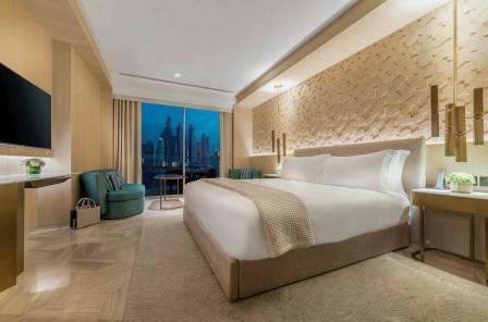 Room_FIVE_Palm_Jumeirah_Dubai