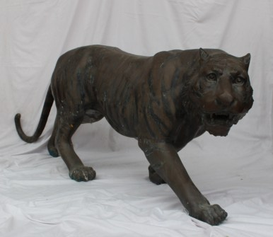 A Japanese bronze life size model of a male tiger. Sold for £1,100 at Anthemion Auctions