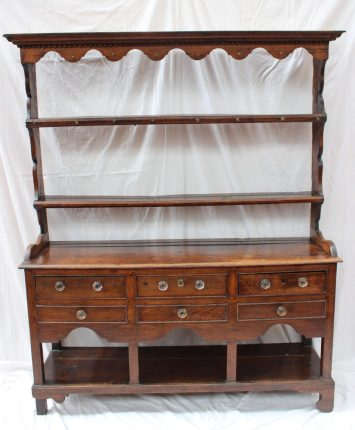 An 18th century South Wales oak dresser. Sold for £600 at Anthemion Auctions