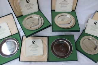 A set of five Elizabeth II Silver Limited Edition Plates, 1972, designed by Doris Lindner with Brigadier Gerard, No's.369, 370, 371, 372 and 373, in a limited edition of 2000, 23cm diameter, each approximately 380 grams, with certificates and boxes. Sold for £750 at Anthemion Auctions