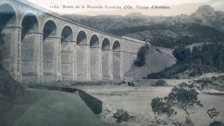Route de la nouvelle corniche d'or et viaduc d'Anthéor