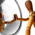 4 σημάδια ότι έχετε χαμηλή αυτοεκτίμηση