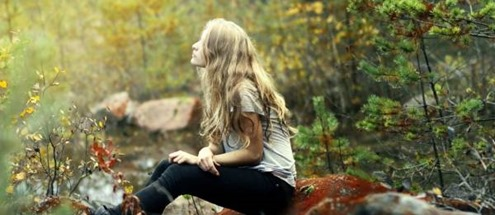 mood_emotion_alone_trees_forests_nature_blonde_photography_model_women_female_girl