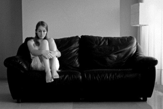 woman-sitting
