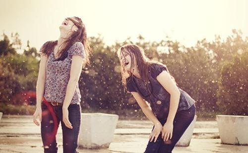 laugh_friends