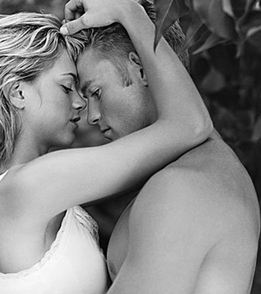 couple-passionate-romantic2-1