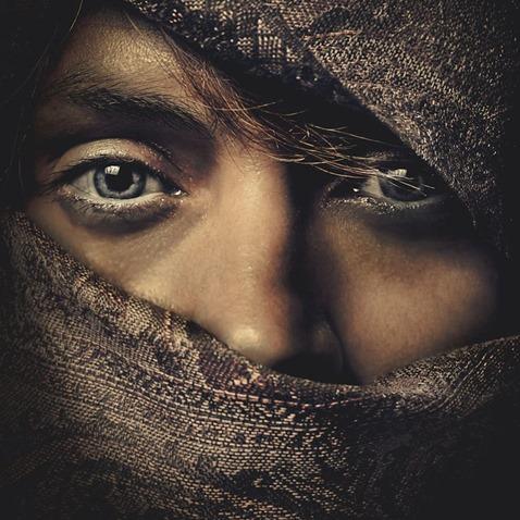 close-eyes