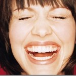 9 πράγματα που μπορείς να κάνεις για να ζήσεις ευτυχισμένος σύμφωνα με τους επιστήμονες