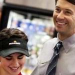 Προς τους νέους: Η δουλειά δεν είναι ντροπή