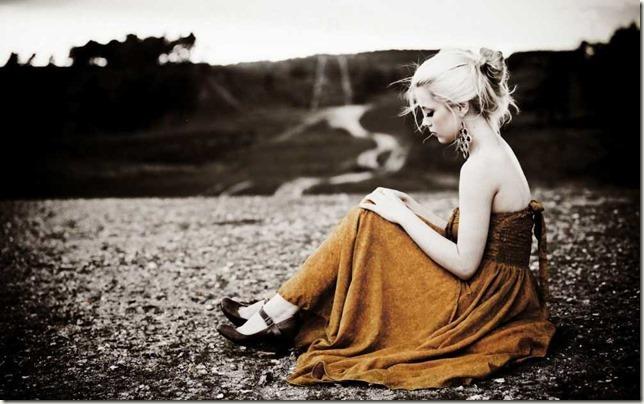 sad-woman-meditating