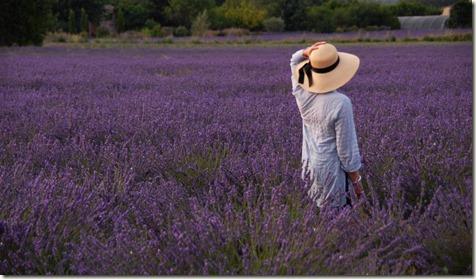 woman-fields