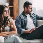 Επτά ενδείξεις ότι ακυρώνει τα συναισθήματά σας