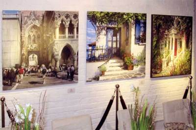 "2008. Installation in Yorkville. Gallery set up for ""Bloor Street Entertains"" charity evening."