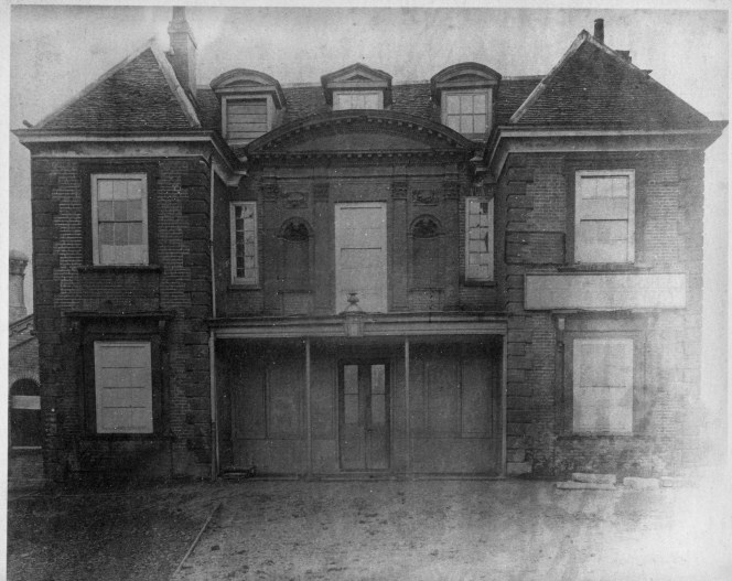 1257-enfield-town-station-1872
