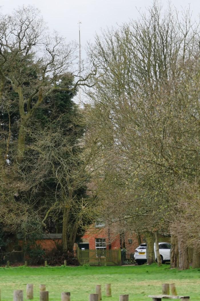Hadley Wood Monkon Hadley Church cropped