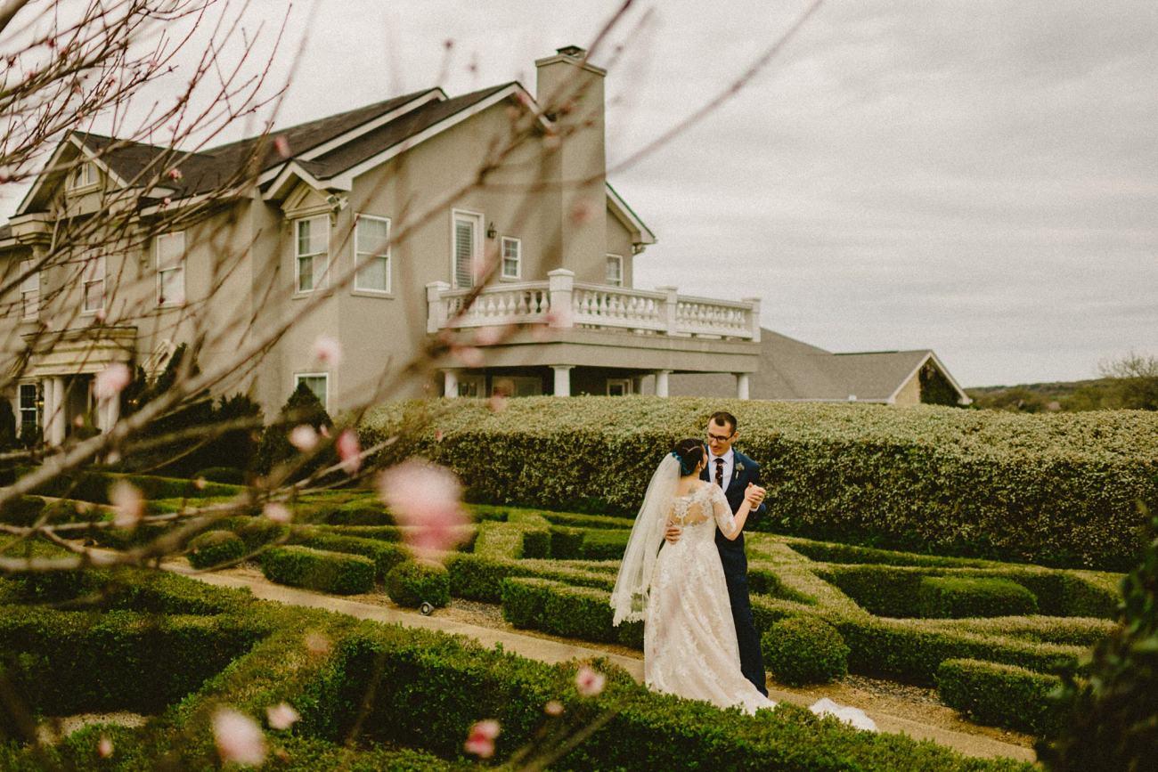 Gardens Of Cranesbury View Wedding Photos