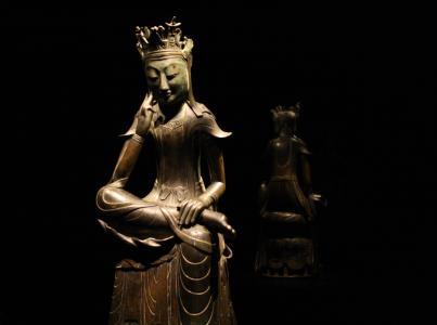 1930   Sukzession und falsche Bodhisattvas
