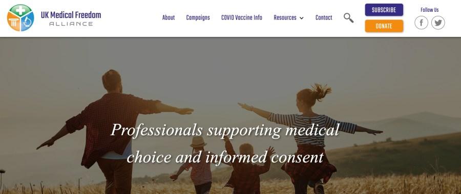 Britische NGO's warnen vor Impfpässen