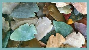 Different colored arrowheads