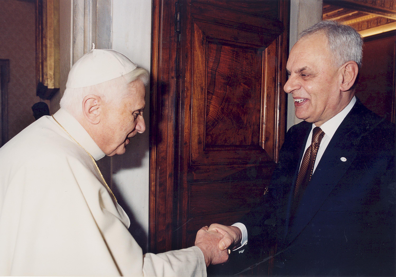 """Marcello Pera: """"In atto un pesante attacco contro Benedetto XVI"""""""