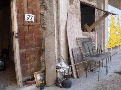 2_Taller 77 y acumulación de objetos utilizados en el taller entre agosto y diciembre de 2010