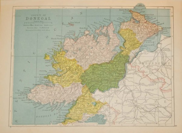 Antique map of County Donegal. The map breaks the county down into it's historical baronies including Bannagh, TirHugh, Raphoe, Inishowen, Kilmacren.