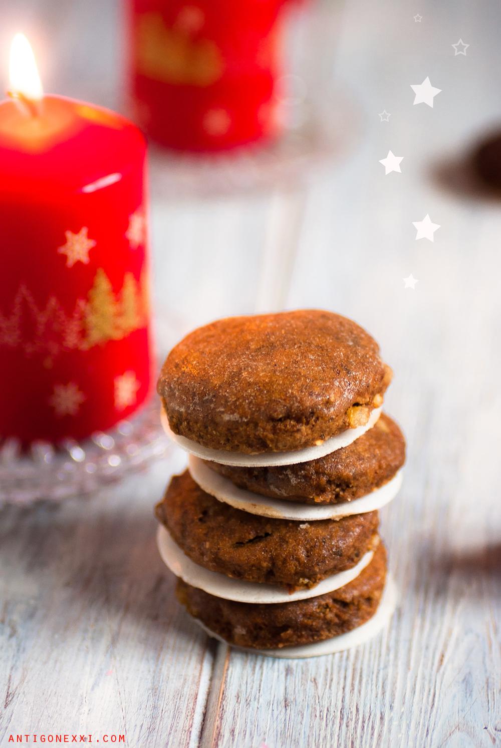 Lebkuchen - biscuits véganes au pain d'épices et au chocolat - Antigone XXI