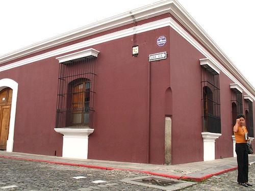 Burgundy Corner in La Antigua