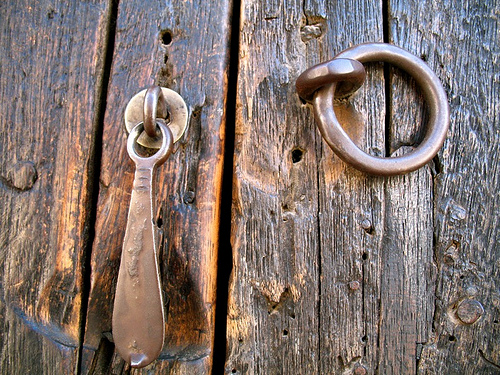 Colonial Style Door Knocker and Knob