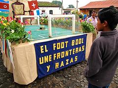 El Foot Bool Une Fronteras y Razas 2