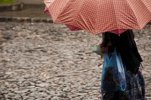 Colors under the rain by Arturo Godoy