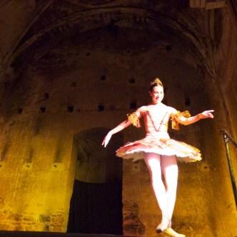 Presentation of the Ballet Nacional de Guatemala in Antigua Guatemala by Rudy Girón