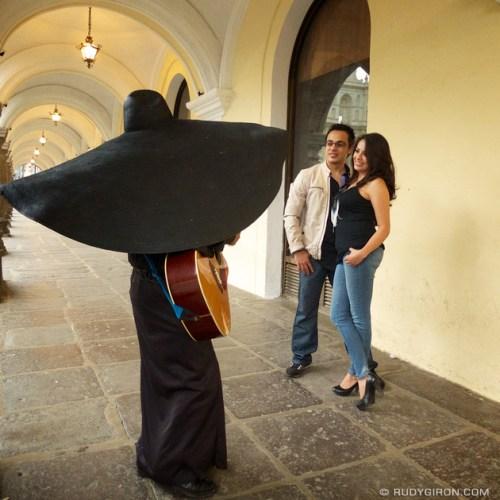 Rudy Giron: Instagrams &emdash; Encantados por El Sombrerón