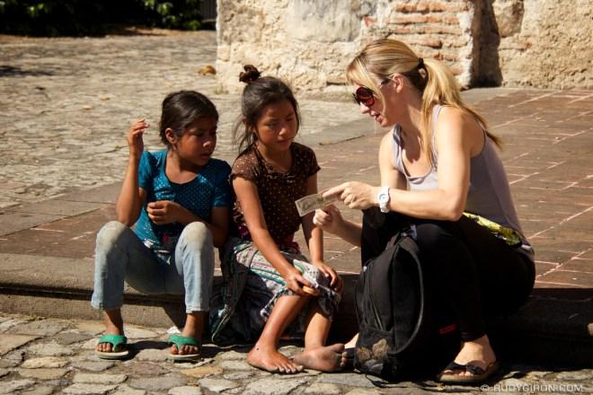 Rudy Giron: Antigua Guatemala &emdash; Interacting with the locals in Antigua Guatemala