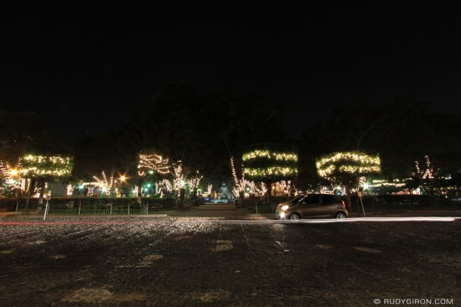 Rudy Giron: Antigua Guatemala &emdash; Christmas lights at Central Park, Antigua Guatemala