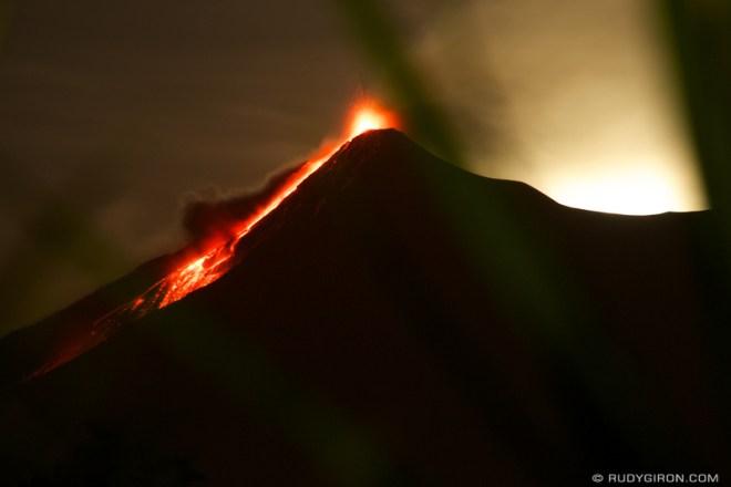 Rudy Giron: Antigua Guatemala &emdash; Volcano Fuego Night Show