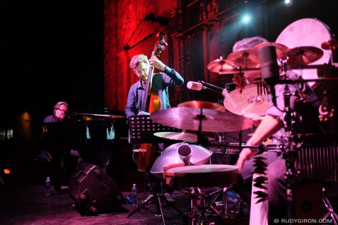 Rudy Giron: Antigua Guatemala &emdash; Thierry Lang Trio at Guatemala's Jazz Festival 1