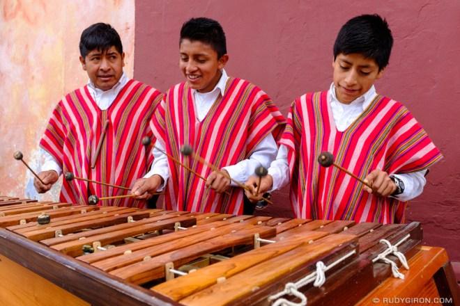 Rudy Giron: Antigua Guatemala &emdash; Traditional Guatemalan Marimba Music at Calle del Arco