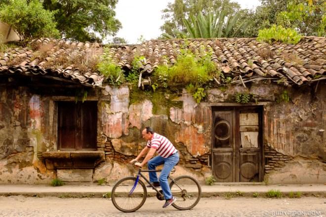 Rudy Giron: Antigua Guatemala &emdash; The aesthetics of abandonment in La Antigua Guatemala