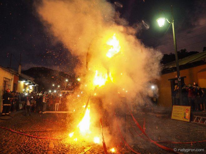 Burning of the Devil 2017 in Antigua Guatemala