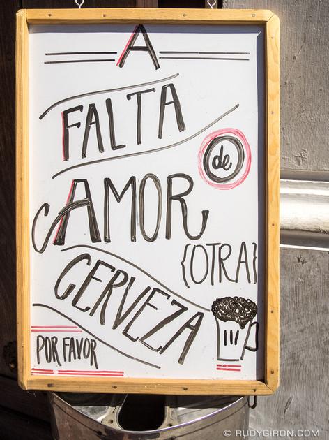 Rudy Giron: Antigua Guatemala &emdash; Sign — A falta de amor