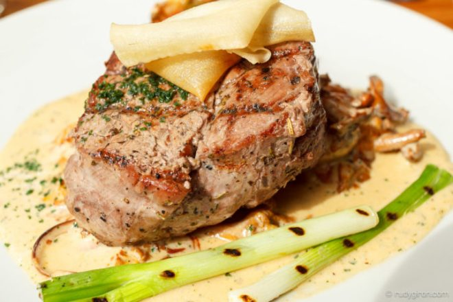 Foodie Fridays — Lomito Steak from Como Como BY RUDY GIRON