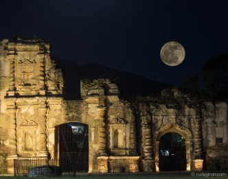Full Moon over the Ruinas de La Candelaria BY RUDY GIRON