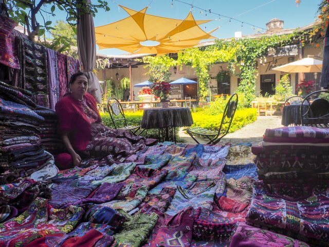 antigua-guatemala-is-colorful-and-sunny-640x480-9531359
